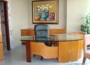 Alquilo oficina de lujo full amoblada en el norte de guayaquil en el edifico executive center.